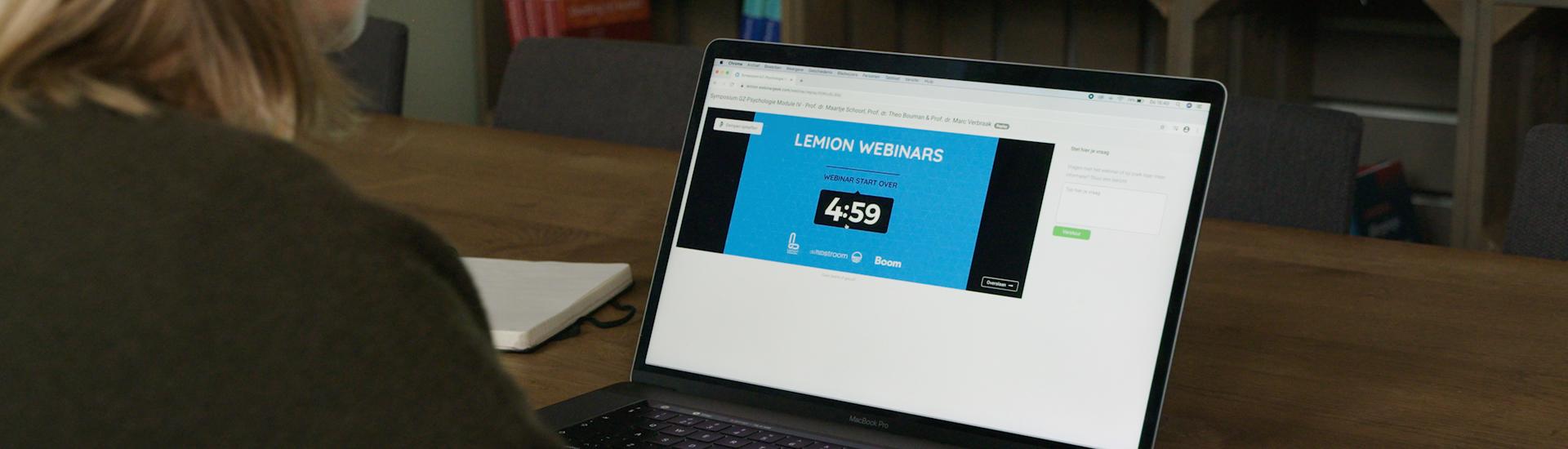 lemion_slide_laptop
